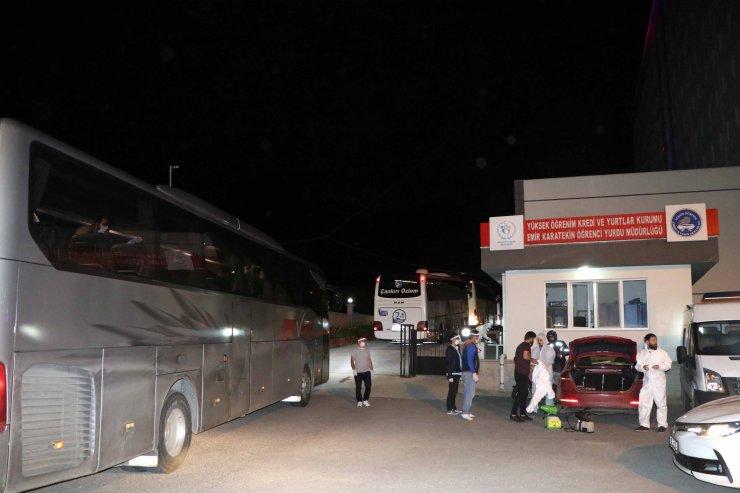 Yurda dönüşler devam ediyor! Kuveyt'ten 276 Türk vatandaşı getirildi