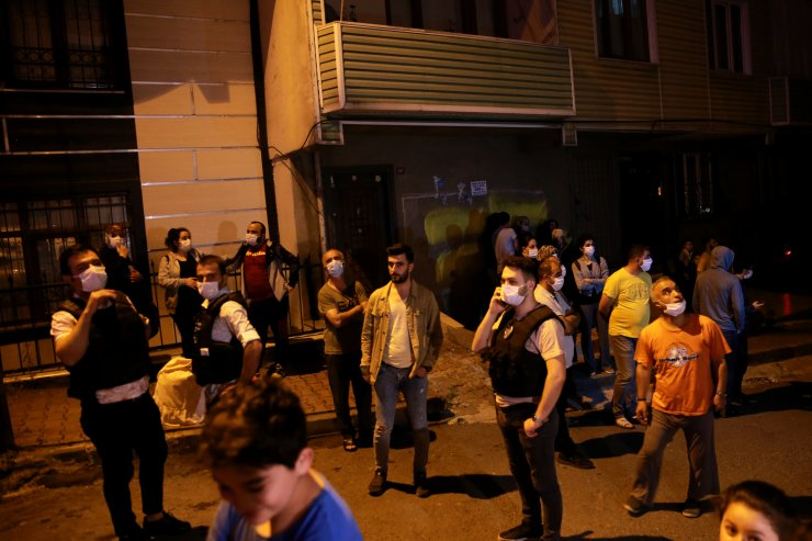 İstanbul Sultangazi'de 3 Bina Tahliye Edildi