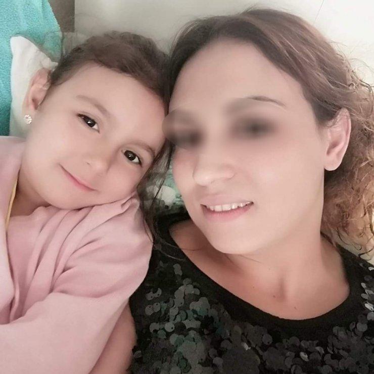 Kızımı maskeli kişiler öldürdü demişti! Cani annenin sakladığı gerçek ortaya çıktı