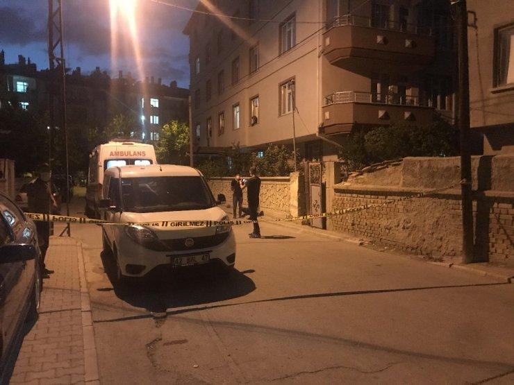 Konya'da yabancı uyruklu şahıs birlikte yaşadığı kadını öldürüp intihar etti