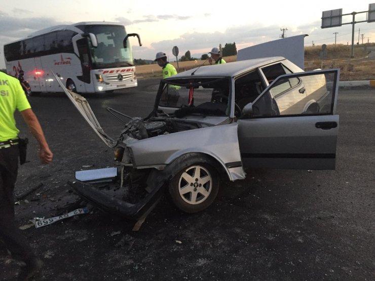 Beyşehir yolunda kaza! 1'i ağır 3 kişi yaralandı