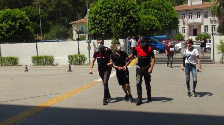 Antalya'da uyuşturucu bataklığına sürüklenen oğlu için feryat etti