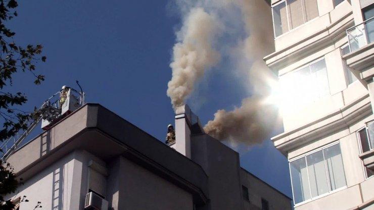 Bostancı'da korkutan yangın