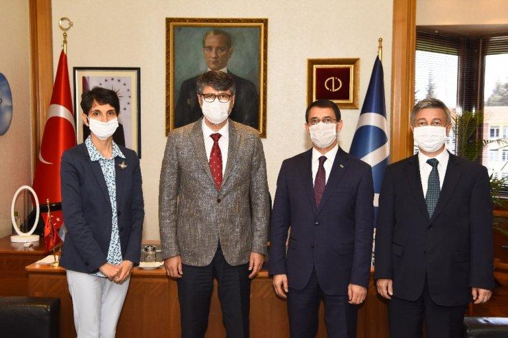 Türkmenistan Büyükelçisi Amanlıyev, Anadolu Üniversitesini ziyaret etti