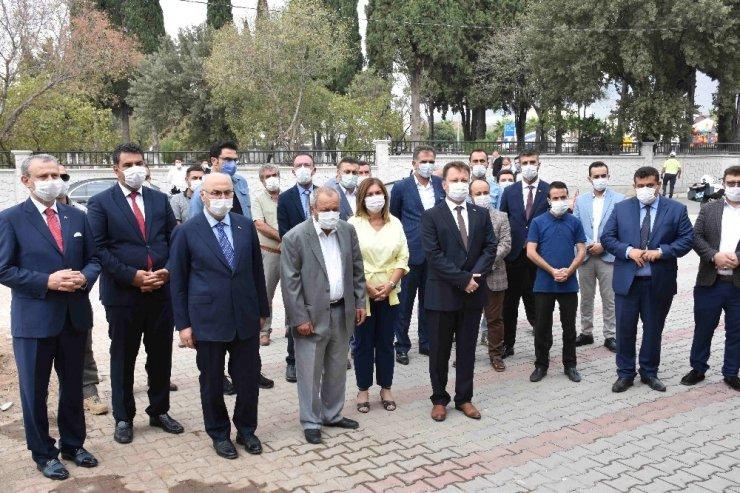 İzmir Valisi Köşger, Kur'an kursu temel atma töreninde