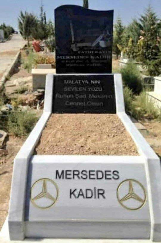 Mersedes Kadir'in mezarı yaptırıldı