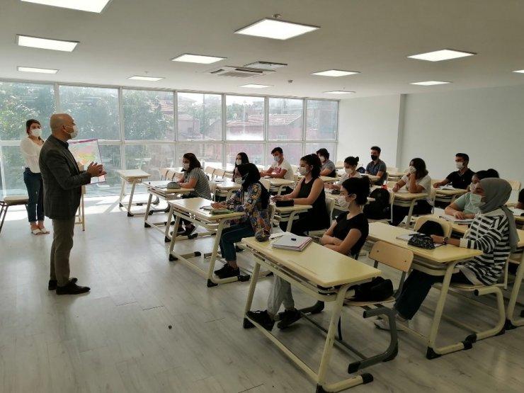 Sarayköy sosyal etkinlik merkezi, öğrenciler için kapılarını açtı