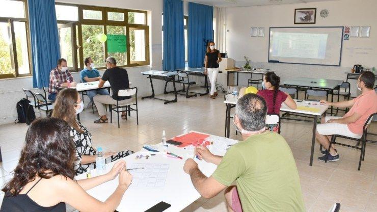 Proje Geliştirme Komisyonu, ilk eğitimi öğretim elemanlarına verdi