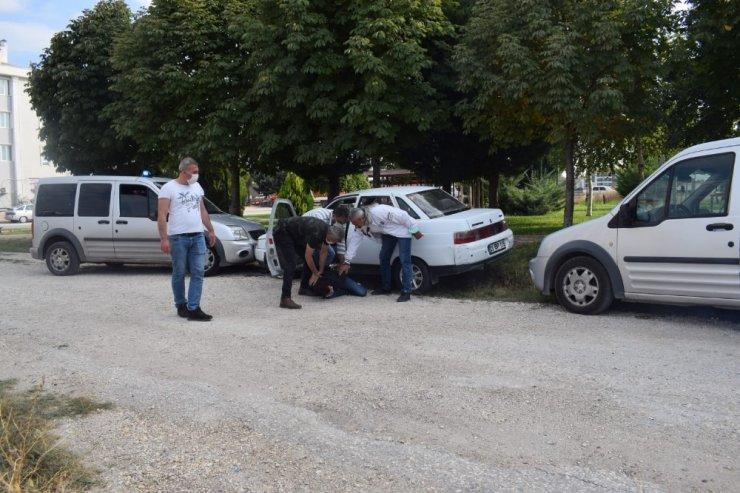 Suç makinesi çaldığı araçla kıskıvrak yakalandı