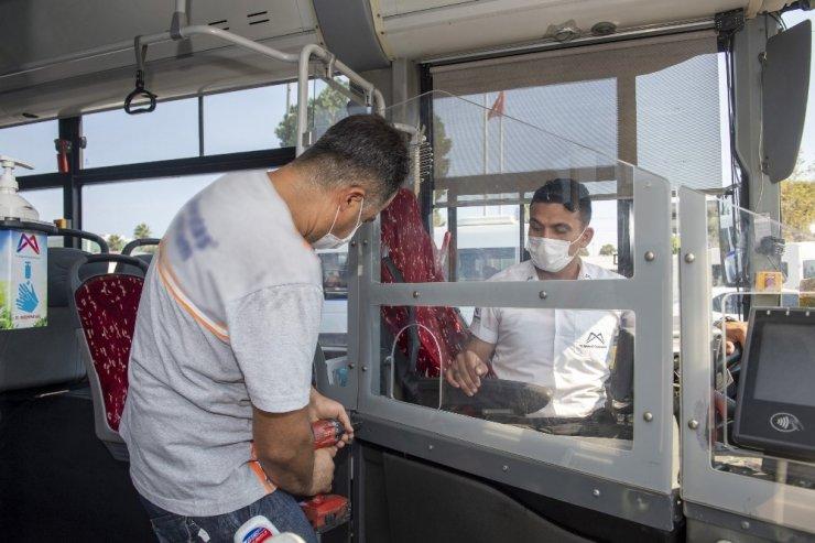 Mersin'de toplu taşımada 'şeffaf kabin' dönemi