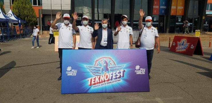 Başkan Çınar'dan Teknofest'e tam not