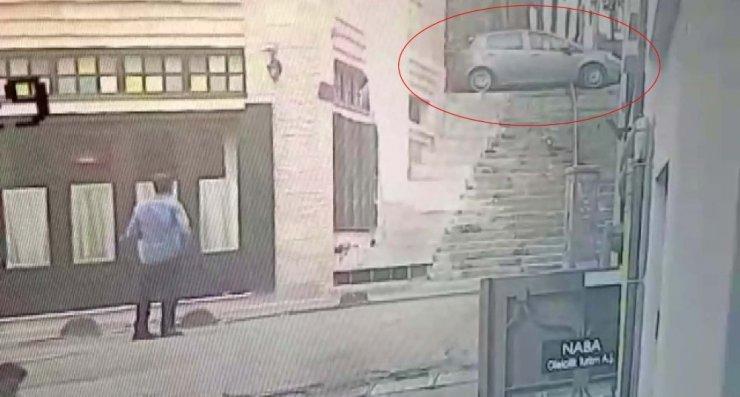 Beyoğlu'nda yabancı uyruklu aileyi darp ederek gasp ettiler