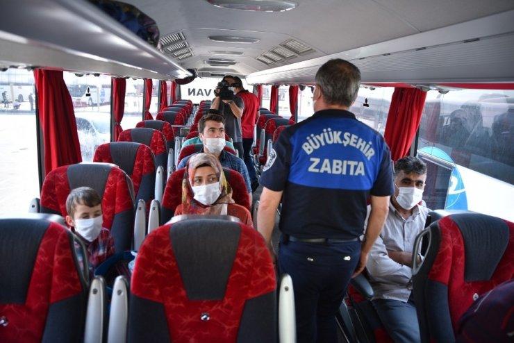 Bursa'da zabıtalar korona denetimi yaptı