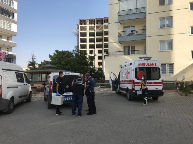 9. kattan düşen 83 yaşındaki kadın hayatını kaybetti