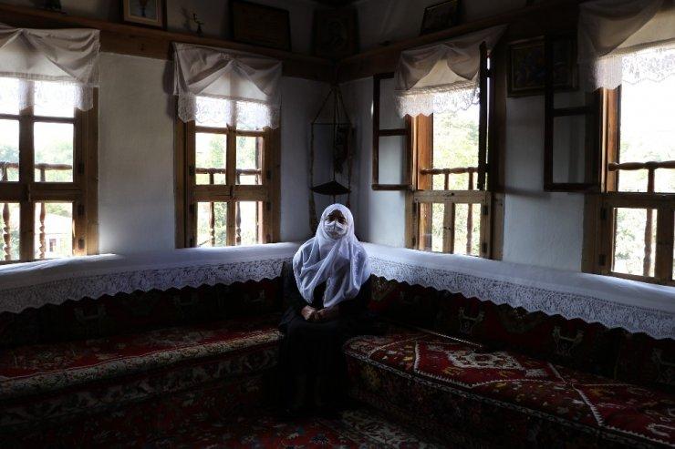 """Safranbolu'da 200 yıllık eve """"En İyi Korunan Ev Onur Ödülü"""" verildi"""
