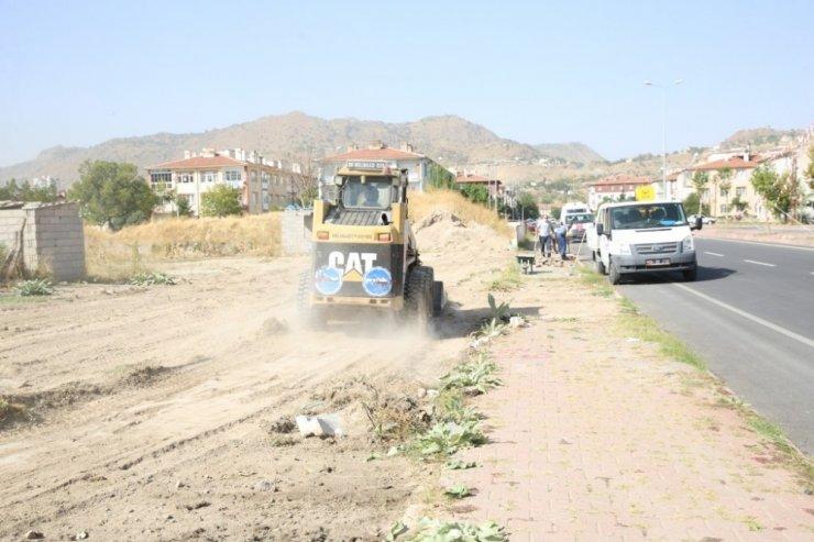 """Palancıoğlu: """"Cuma günü tespit ettik, bugün ekipler Yeniköy ve Hürriyet semtlerinde çalışmalara başlıyor"""""""
