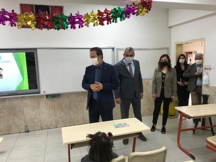 Kayseri'de ilkokullarda 'Uygulamalı Hijyen Eğitimi' verildi
