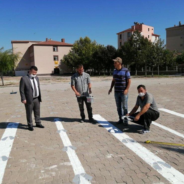 Yeşilhisar'da salgın dönemi tedbirleri ile okullar eğitim öğretime hazır