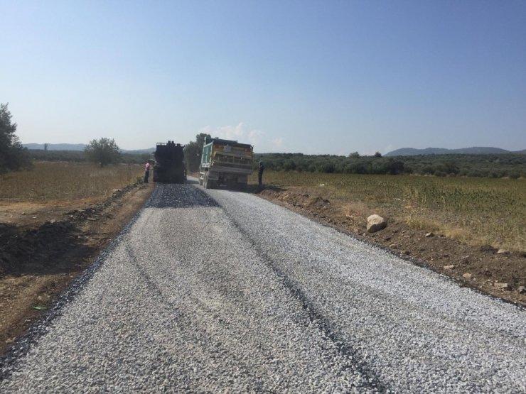 Manisa'nın yollarında asfalt mesaisi