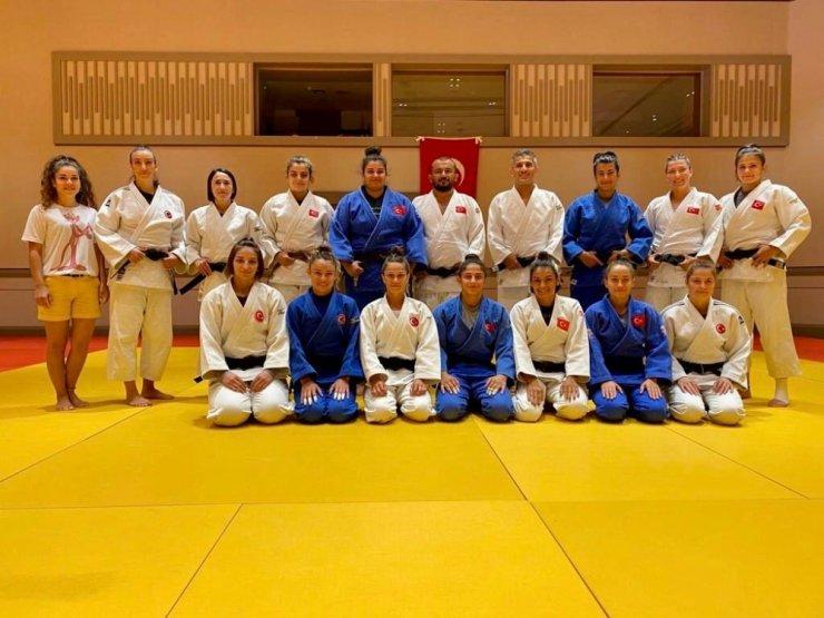Olimpik Judo Milli Takımı 3. etap kampını Antalya'da sürüyor