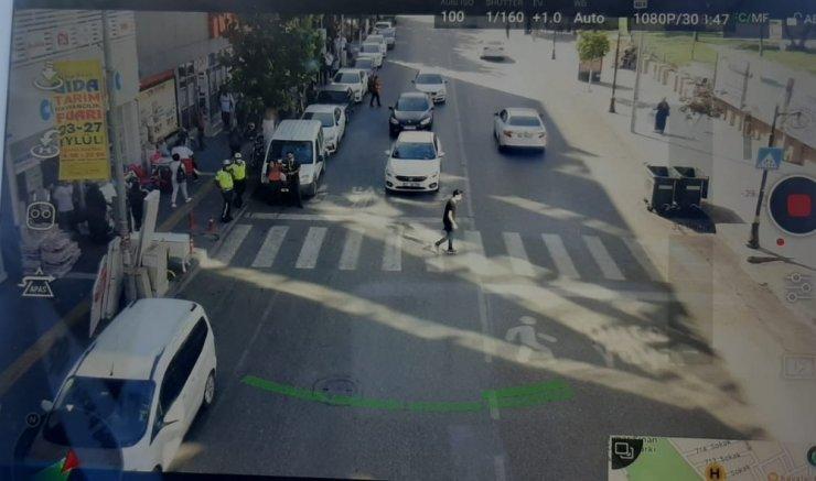 Yayalara yol vermeyen sürücüler drone ile tespit ediliyor