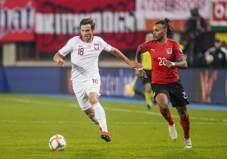 Beşiktaş rotayı Bartosz Bereszynski'ye çevirdi