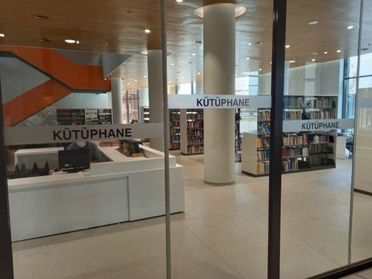 Diyarbakır'da ödüllü kütüphane 24 saat hizmet verecek