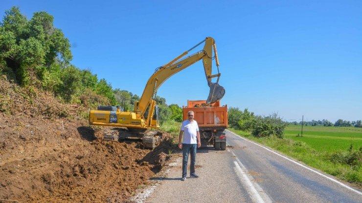 Yeniköy yolunda çalışmalar dolu dizgin
