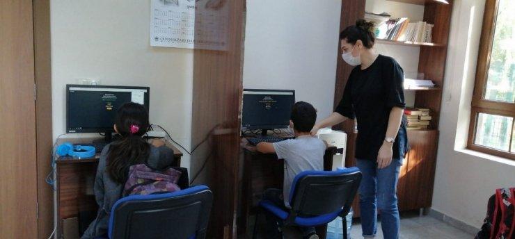 Odunpazarı Belediyesinden çocuklara EBA desteği