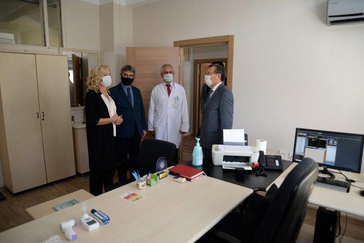 Prof. Dr. Nihat Özyardımcı Sigara Bırakma Polikliniği açıldı