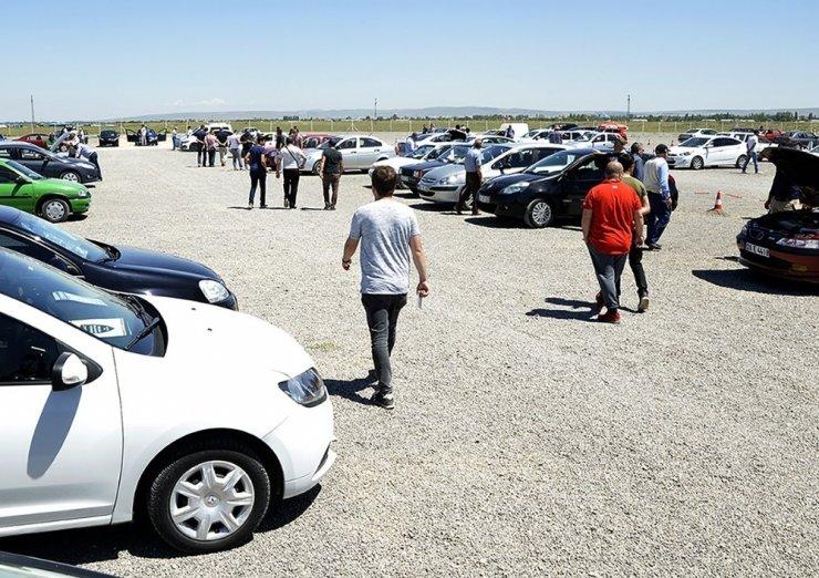 İkinci el araç piyasasının merkezi: açık oto pazar