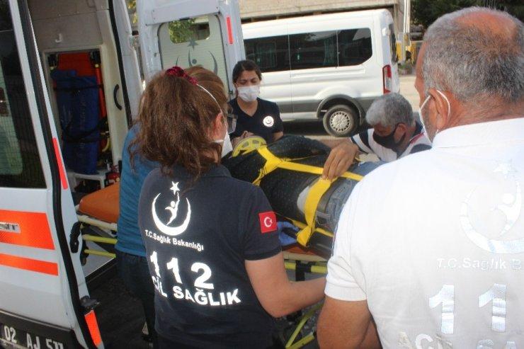 Kamyonet yayaya çarptı: 1 yaralı