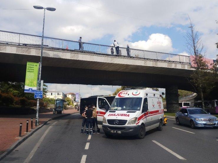 Beşiktaş'ta trafiği kilitleyen intihar girişimi
