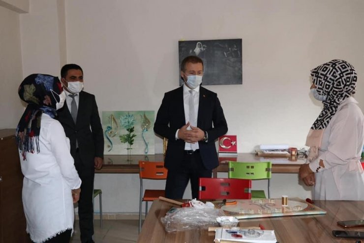 Kaymakam Yelek'ten aile destek merkezine ziyaret