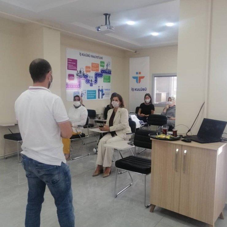 Düzce İş Kulübünde eğitimler devam ediyor