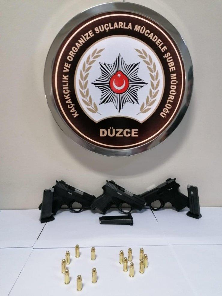 Düzce'de silah kaçakçılarına operasyon