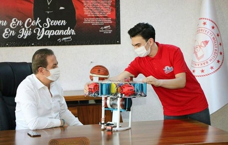 TEKNOFEST'te Kayseri'yi temsil eden ekip Ekinci'yi ziyaret etti