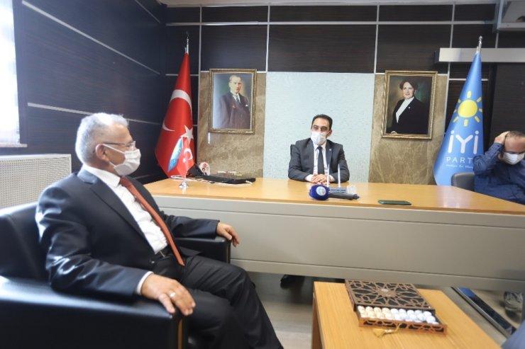 Başkanlardan MHP, CHP ve İYİ Parti'ye ziyaret