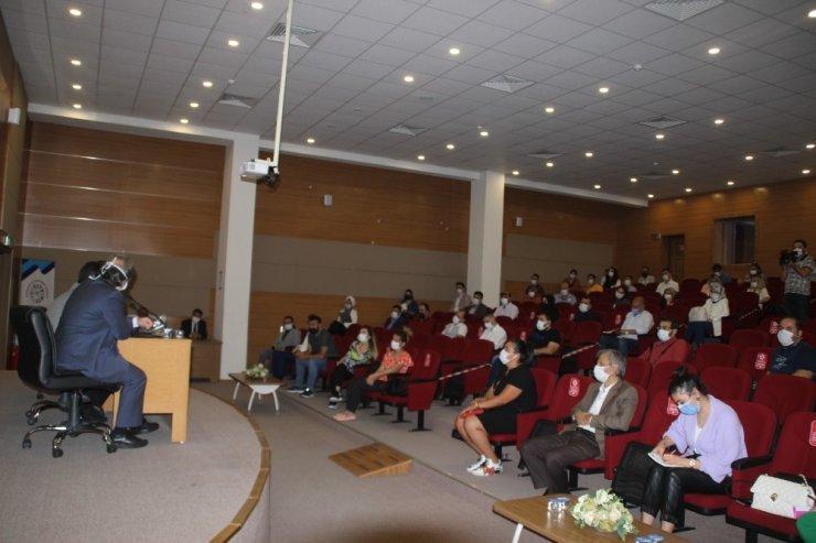 Kayseri'de özel kurs yöneticilerine korona virüs tedbirleri anlatıldı