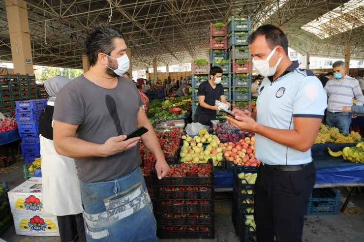 Gaziemir pazarlarında HES kodu denetimi