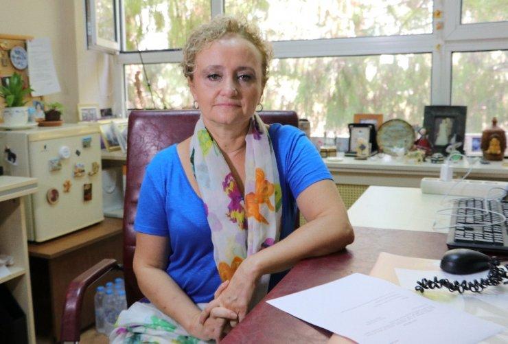 """Bilim Kurulu Üyesi Prof. Dr. Taşova: """"Yüz yüze eğitim için kısıtlamalar gelebilir"""""""