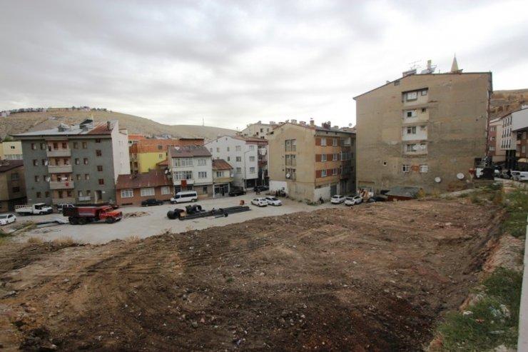 Veli Şaban Mahallesi Otoparkının yapımına başlandı