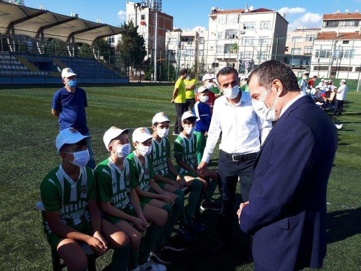 Zeytinburnu'nda amatör spor kulüplerine yardım