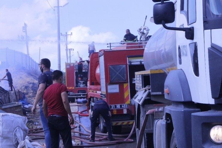 Fabrika yangını drone ile havadan görüntülendi