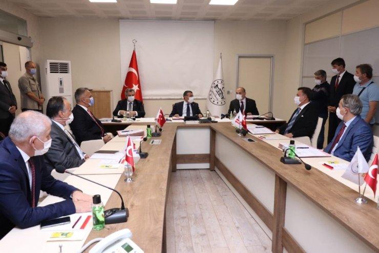 Düzce'ye 48 derslikli okul protokolü imzalandı