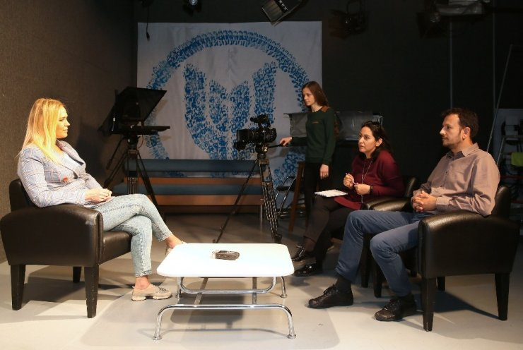 İzmir'in yerel televizyonlarına akademik araştırma