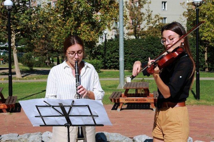 Ataşehir Belediyesi Gençlik Senfoni Orkestrası'ndan konservatuara