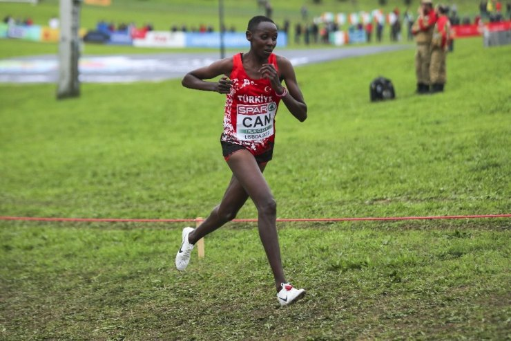 Dünya Yarı Maraton'unda 10 yıllık Türkiye rekoru kırıldı