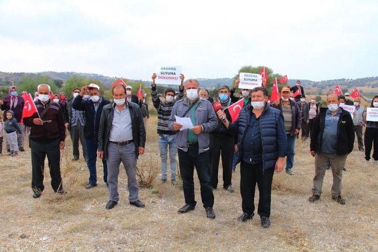 Kurulmak istenen hindi çiftliğine iki mahalle halkı karşı çıktı