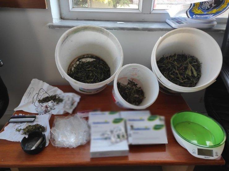 Konya'da uyuşturucu ve kaçakçılık operasyonu